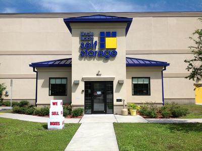 Life Storage Buildings at 7657 103rd St in Jacksonville