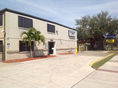Life Storage Buildings at 3780 Central Avenue in Fort Myers