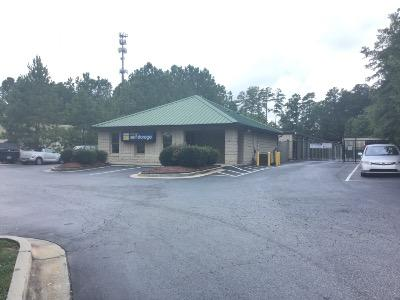 Life Storage Buildings at 9940 Jones Bridge Road in Alpharetta