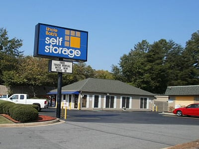 Life Storage Buildings at 1725 Roswell Road in Marietta