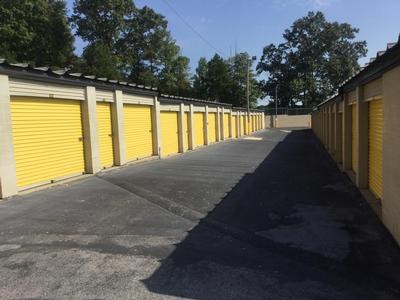 Storage Units for rent at Life Storage at 6601 Lee Hwy in Chattanooga