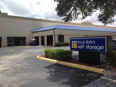 Life Storage Buildings at 9900 SW 18th St in Boca Raton