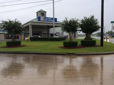 Life Storage Buildings at 455 W Cedar Bayou Lynchburg Rd in Baytown