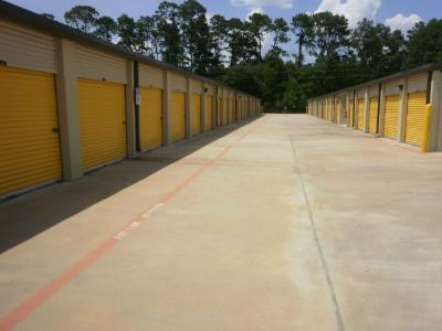 Storage Units for rent at Life Storage at 13033 Jones Rd in Houston