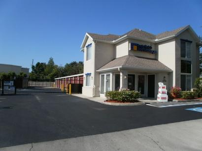 Life Storage Buildings at 10700 US Highway 19 N in Pinellas Park