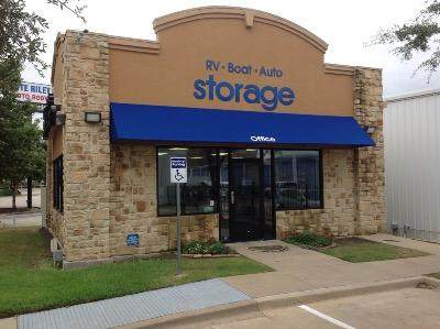 Life Storage Buildings at 13575 Goldmark Dr. in Dallas