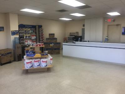 Life Storage office at 11607 S Memorial Pkwy in Huntsville
