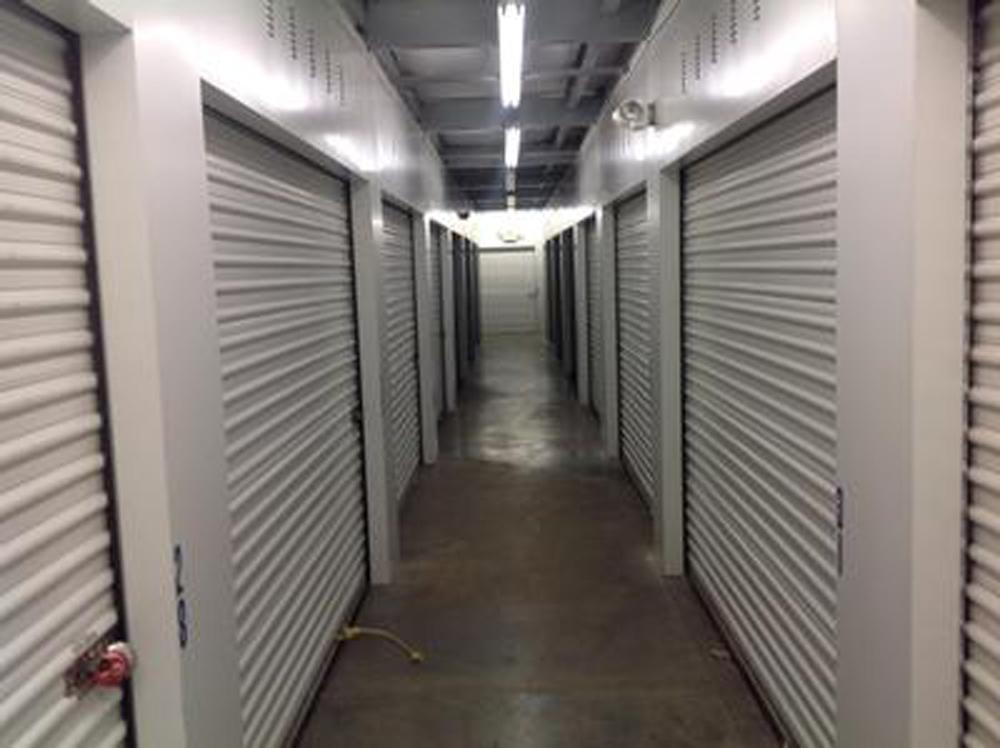 Life Storage Near Oakley Cincinnati Oh Rent Storage