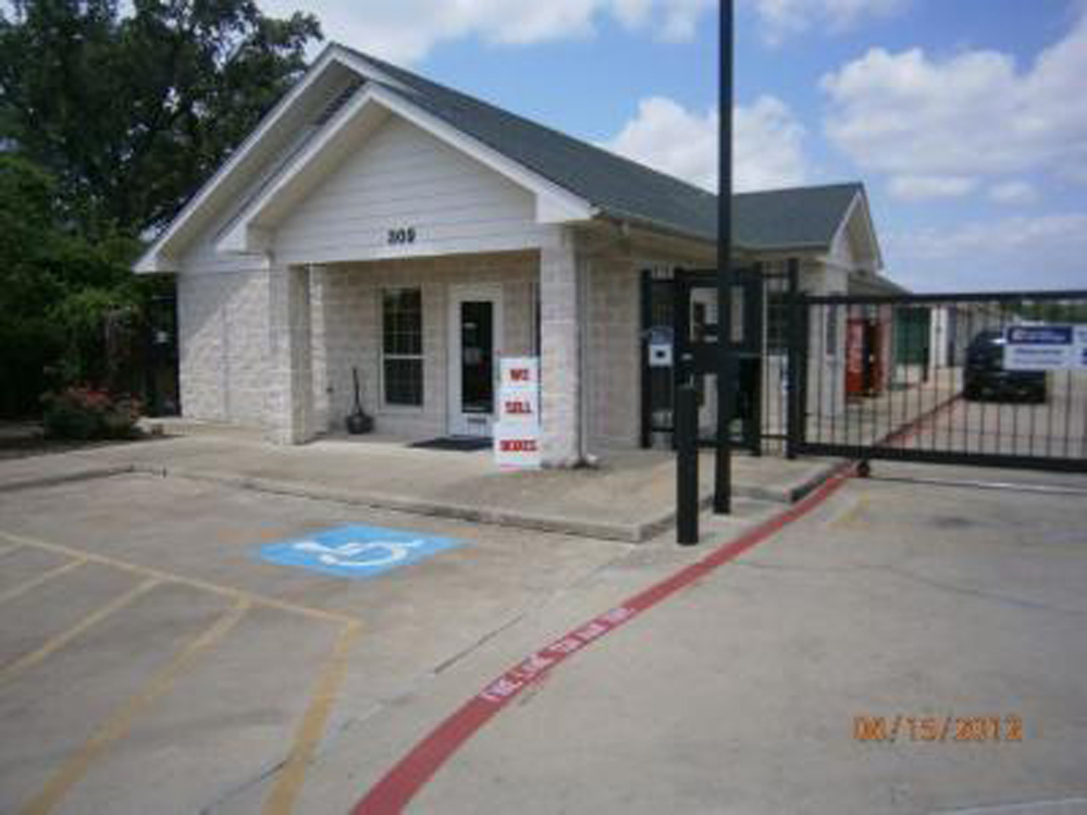 Life Storage In Cedar Park 309 South Bell Boulevard