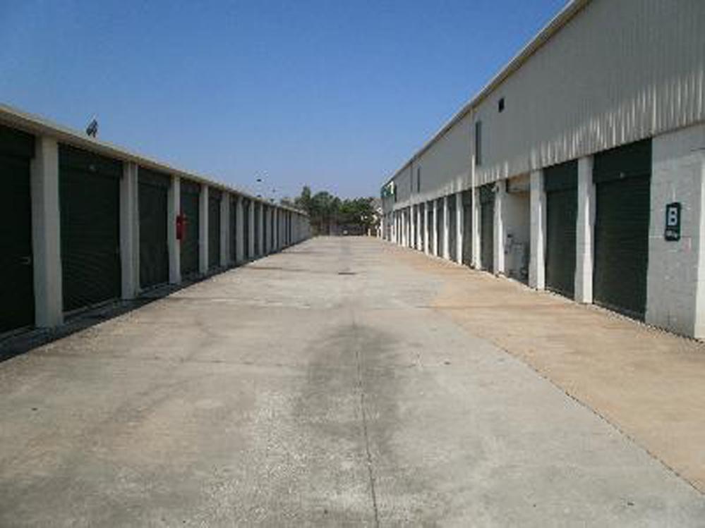 Life storage near energy corridor houston tx rent for Storage 77080