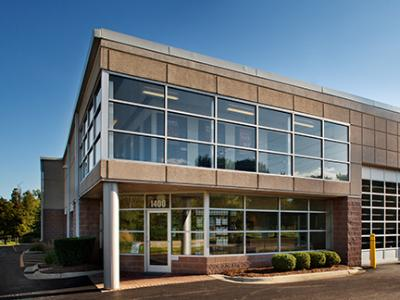 Life Storage Buildings at 1400 S Skokie Hwy in Lake Forest