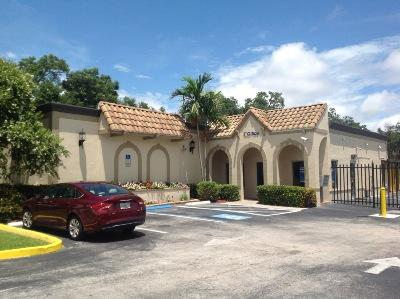 Life Storage Buildings at 111 North Myrtle Ave in Clearwater