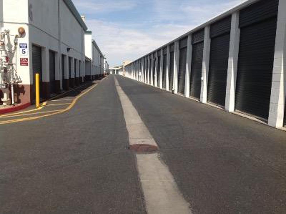 Storage units in Phoenix near Andrew Estates - Life ...