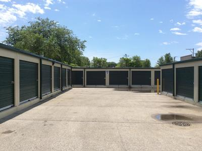 Storage Units for rent at Life Storage at 345 North Western Ave in Chicago