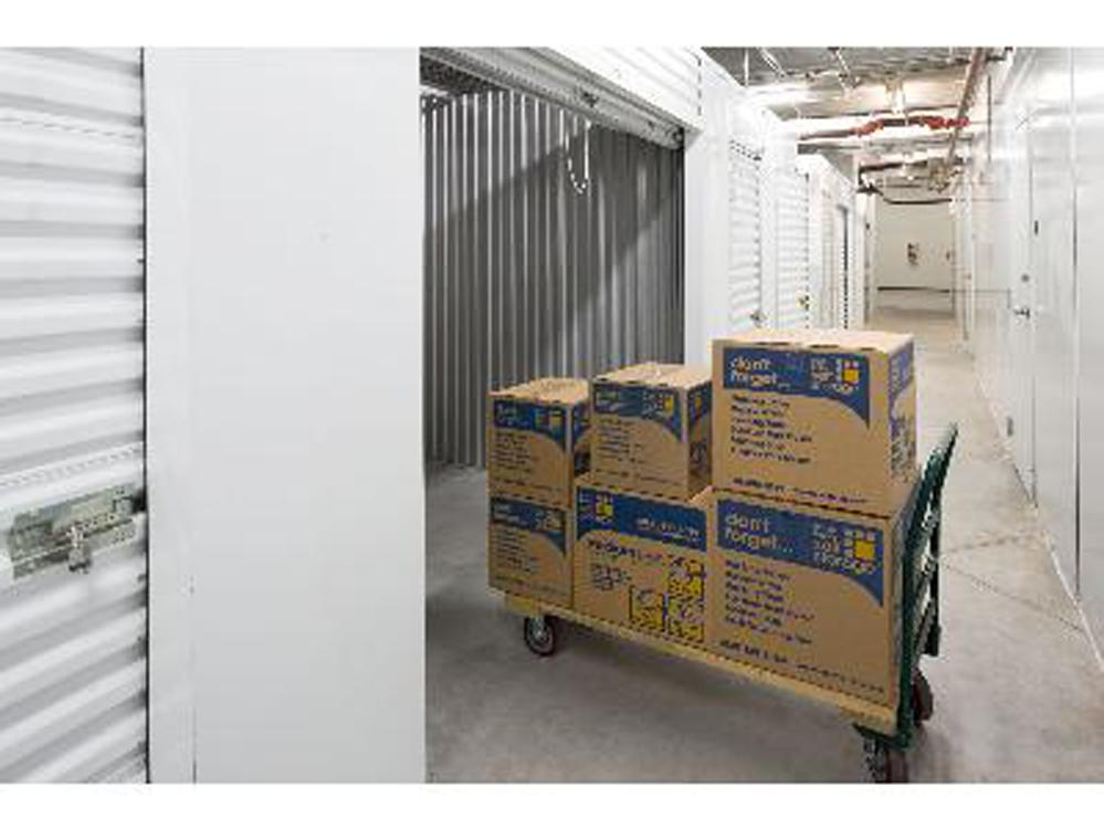 life storage near flager village fort lauderdale fl rent storage units 455. Black Bedroom Furniture Sets. Home Design Ideas