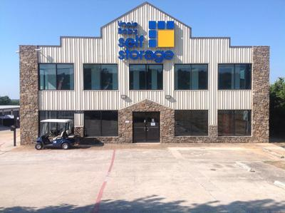 Life Storage Buildings at 2440 W Whitestone Blvd in Cedar Park