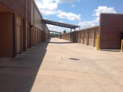 Storage Units for rent at Life Storage at 2870 Gessner Rd in Houston