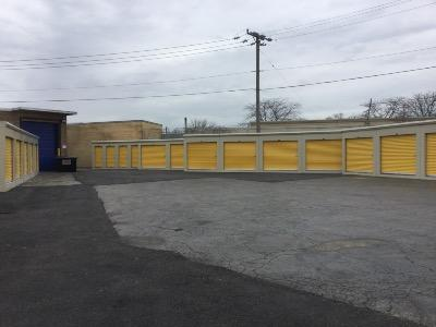 Miscellaneous Photograph of Life Storage at 5860 N. Pulaski Road in Chicago