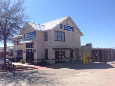 Life Storage Buildings at 3080 Alma Rd in McKinney