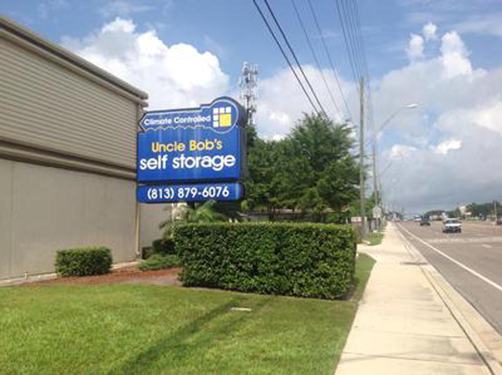 Life Storage near Wellswood, Tampa FL   Rent Storage Units (703)