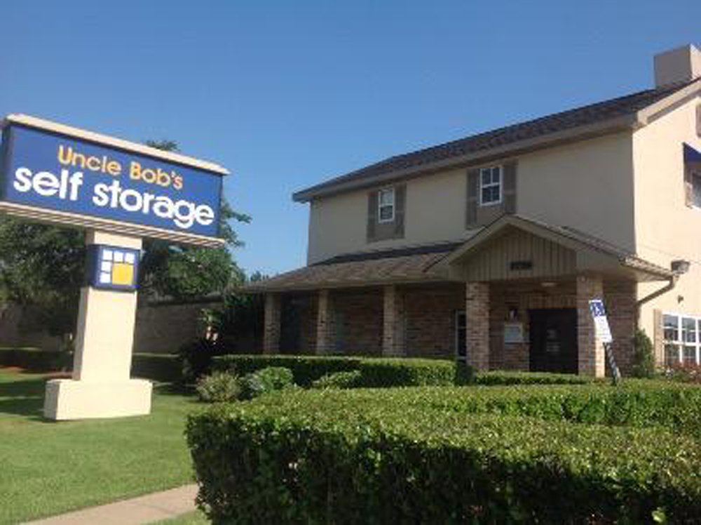 Life storage near spring branch central houston tx rent for Storage 77080