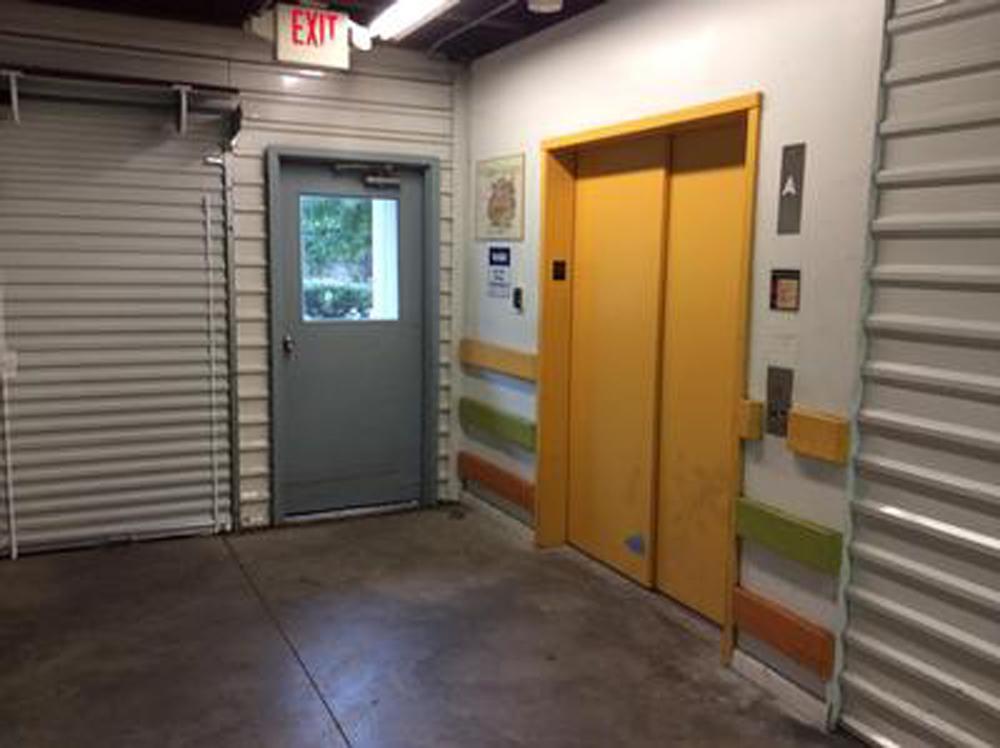 Life Storage In Belleville 125 Franklin St Rent