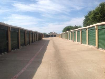 Storage Units for rent at Life Storage at 335 W Westchester Pkwy in Grand Prairie