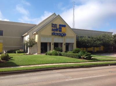 Life Storage Buildings at 12555 Richmond Ave in Houston