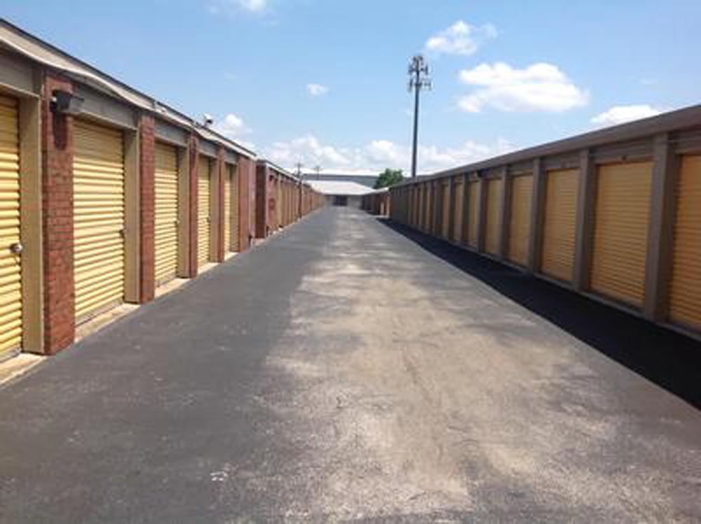 Life storage near memorial city houston tx rent storage for Storage 77080