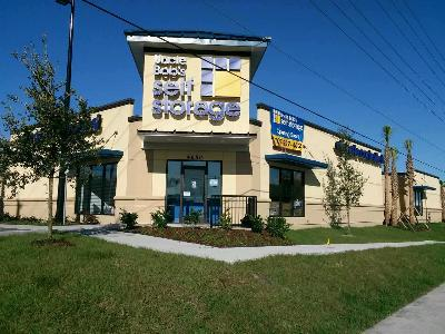 Life Storage Buildings at 4650 S. Semoran Boulevard in Orlando