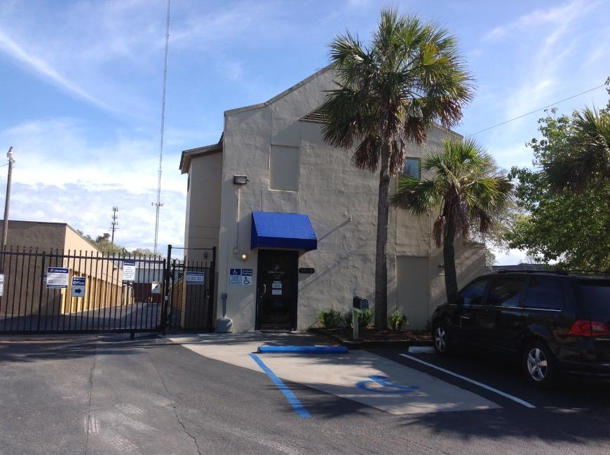 Filter Results. Storage Units & Storage Units at 1471 Center Street Ext - Mount Pleasant - Life ...