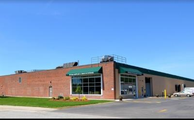 Exterior image of facility at 4 Linlew Dr, Derry, NH 03038