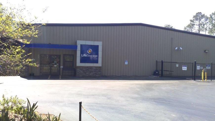 Storage units in Jacksonville near Sunbeam - Life Storage Facility