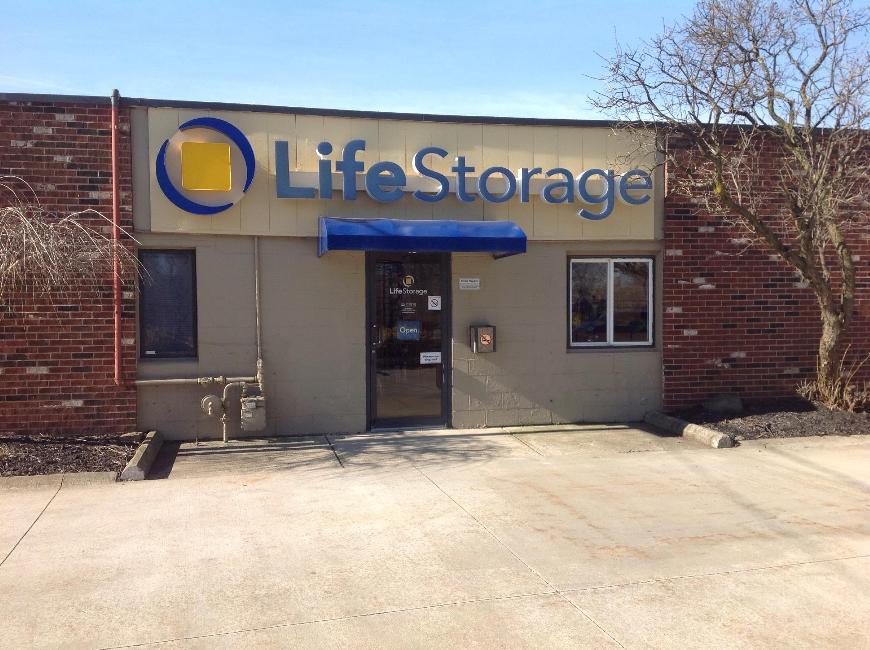 Life Storage In Eastlake 1100 Erie Road Rent Storage