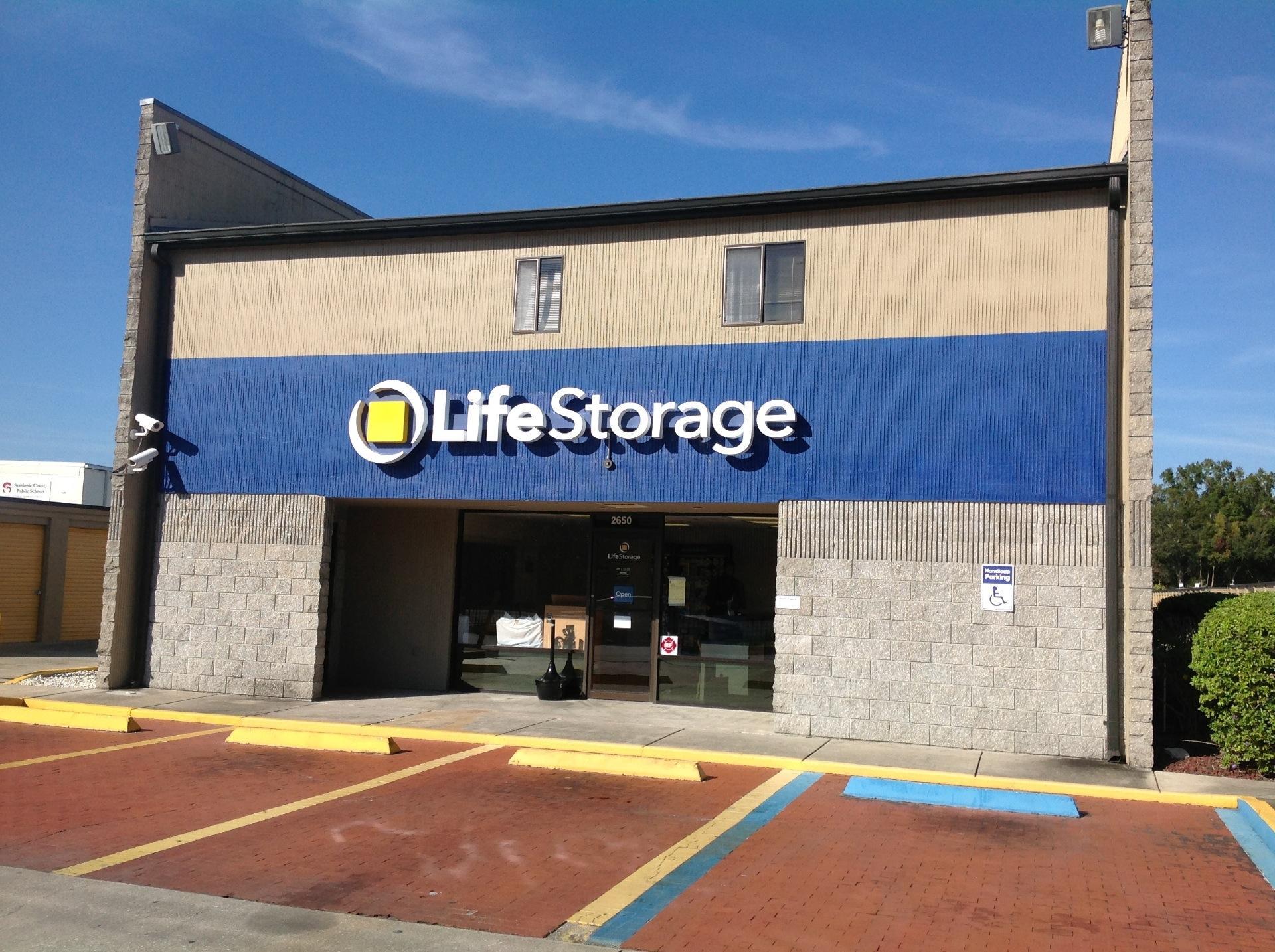 Life Storage In Sanford 2650 W 25th St Rent Storage