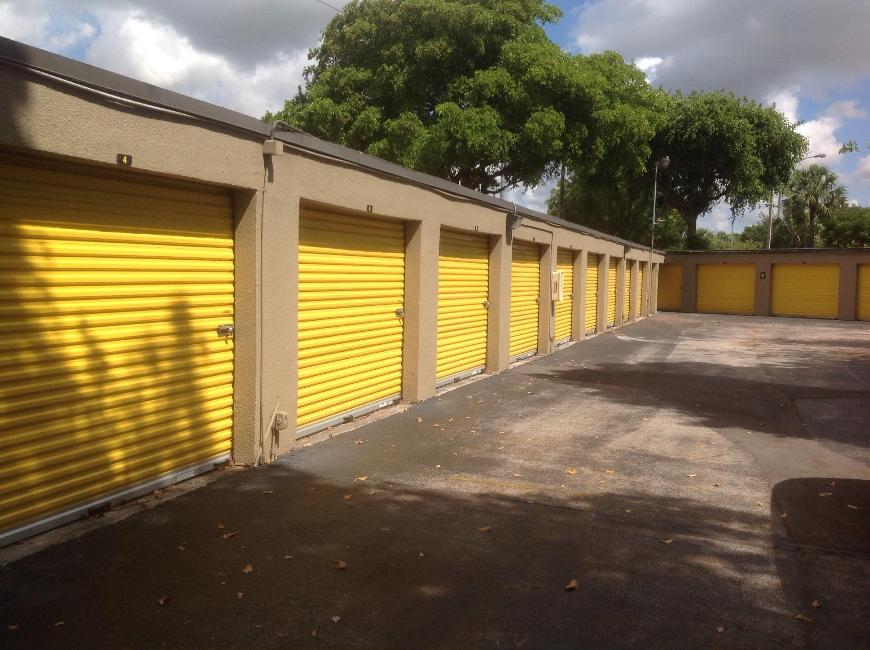 Life Storage In Delray Beach 551 S Congress Ave Rent