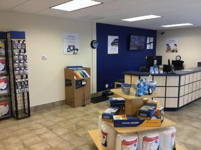 Life Storage office at 517 Volvo Pkwy in Chesapeake