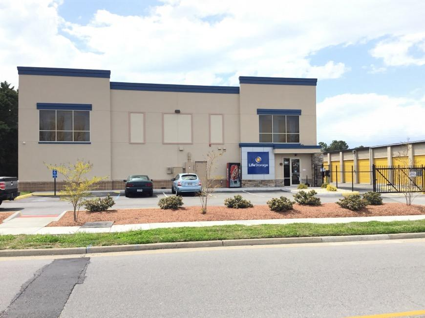 Self Storage Units Near Virginia Beach 597 Central Drive
