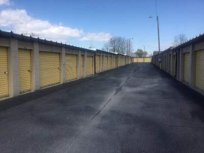 Storage Units for rent at Life Storage at 1013 Battlefield Pkwy in Fort Oglethorpe
