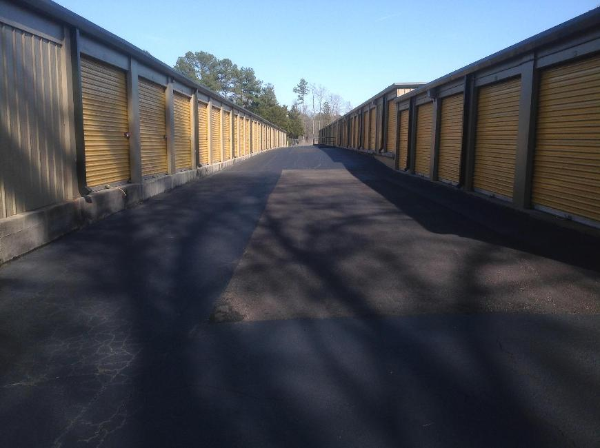 Storage Units For At Life 1200 E Cornwallis Rd In Durham