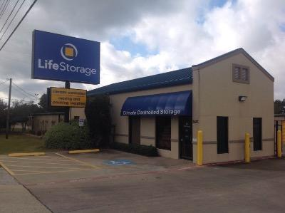 Storage buildings at Life Storage at 3433 Fry Rd in Katy