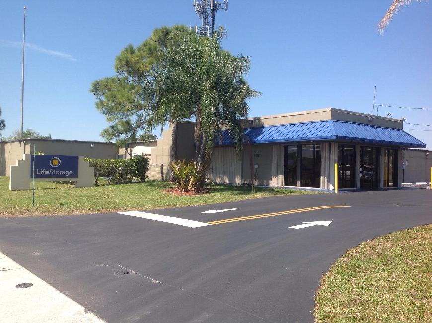 13 Hollywood, FL Storage Facilities