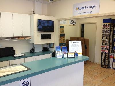 Life Storage office at 1655 10th Avenue in Vero Beach