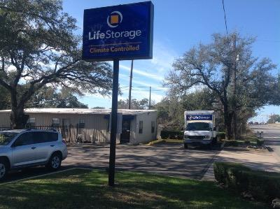 Storage buildings at Life Storage at 5547 McNeil Drive in Austin