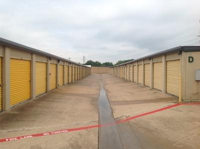 Storage Units for rent at Life Storage at 5575 Davis Blvd in North Richland Hills