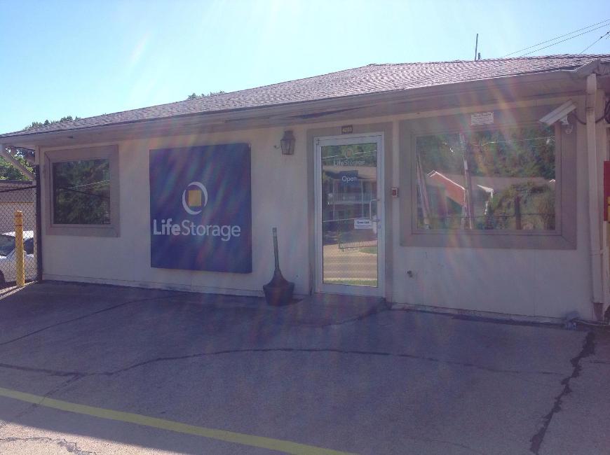 Storage Buildings At Life 4000 N West St In Jackson