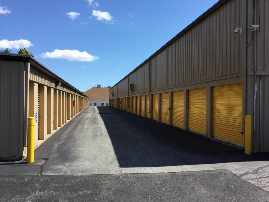 Storage Units at 5 James P Murphy Ind Hwy - West Warwick - Life Storage #207 & Storage Units at 5 James P Murphy Ind Hwy - West Warwick - Life ...