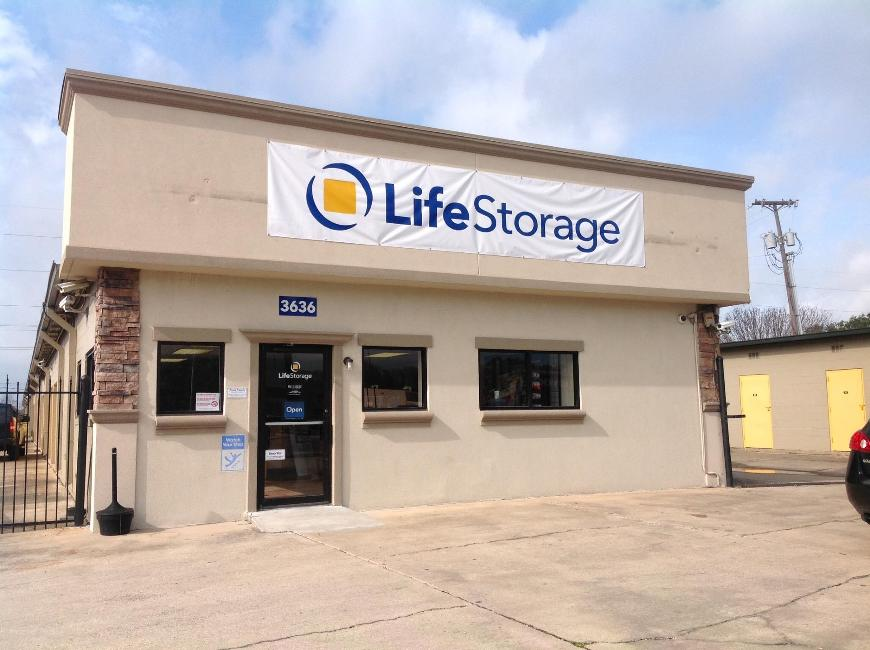 Filter Results. Storage Units & Storage Units at 3636 Ambassador Caffery Pkwy - Lafayette - Life ...