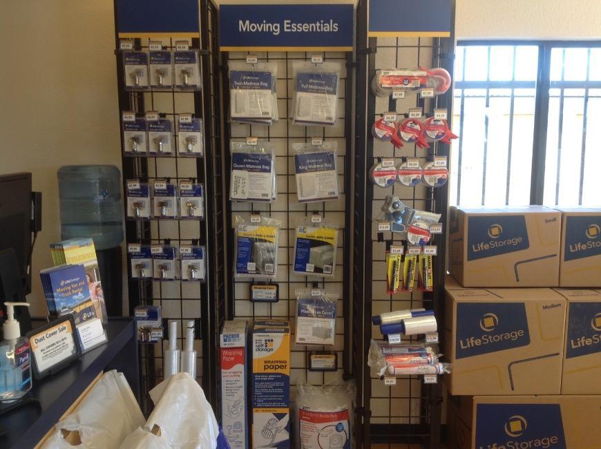 Life Storage In Mesa Az Near Kingsgate Rent Storage