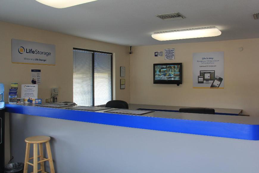 Life Storage In Mesa 139 N Greenfield Rd Rent Storage